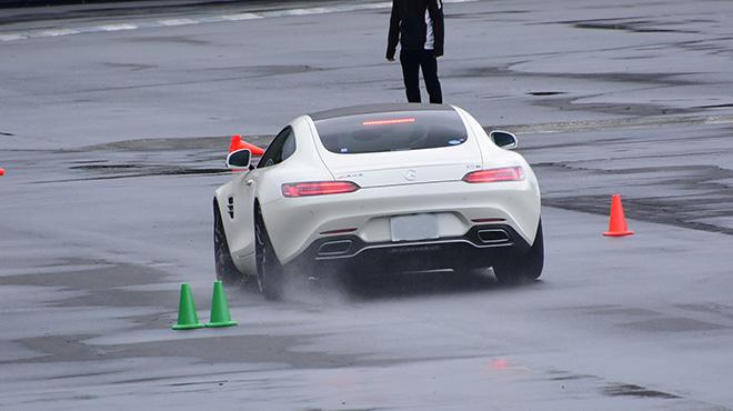 ドライビングトレーニング(直線ブレーキ&Jターン)