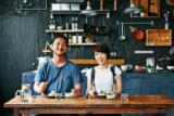 試食前のビームス土井地さんと料理研究家のワタナベマキさん