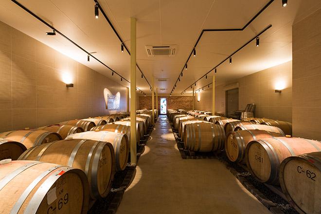 まるき葡萄酒の樽貯蔵庫