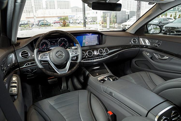 メルセデス・ベンツ S 400 dのインテリア