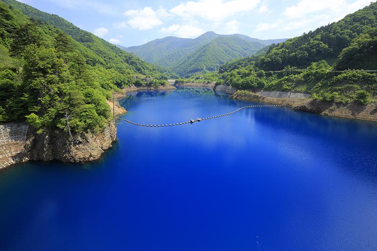 奥四万湖(群馬県)