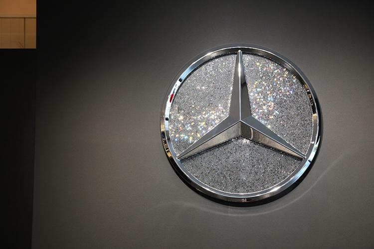 Mercedes me GINZA・スワロフスキー