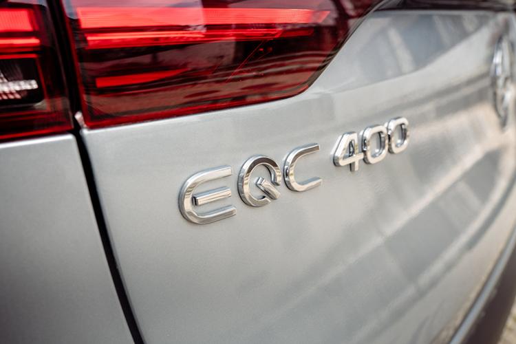 メルセデス・ベンツ初の電気自動車、EQCが日本に上陸!