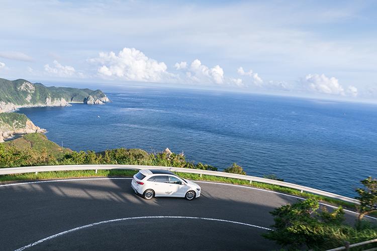 歴史、絶景、グルメを楽しむ五島ドライブをBクラスで!